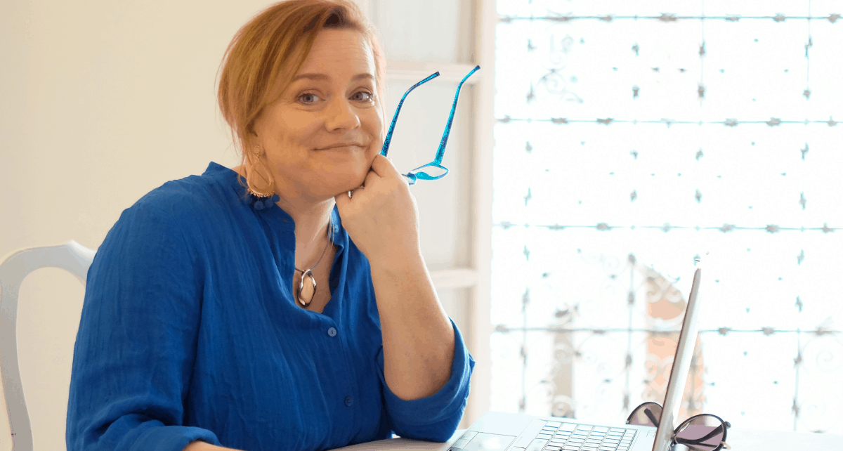 How Sally Hendrick Combined Her Social Media Service with Her Mastermind Program for Big Results